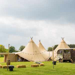 Horse box catering next to the tipis wedding & events catering