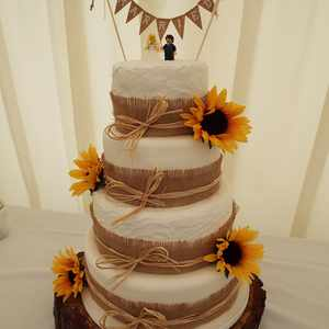 Sunflower rustic wedding cake
